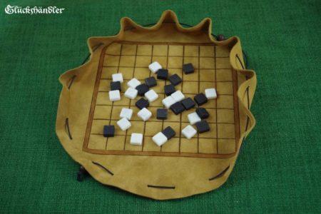 Latrunculi mit Spielsteinen - als Beutelspiel IV