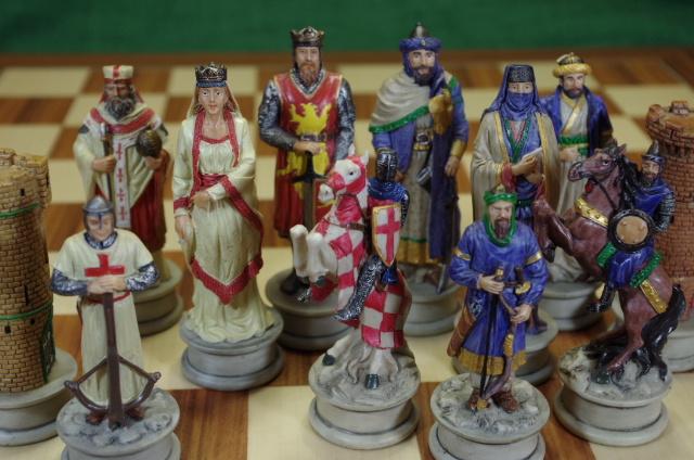 Schachfiguren-Kreuzfahrer-gross