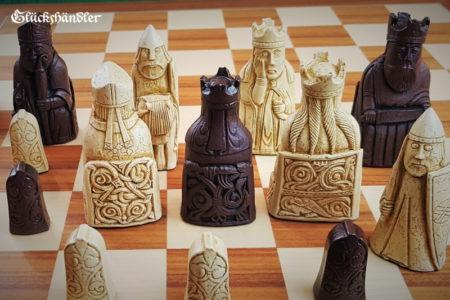 Schachfiguren Isle of Lewis groß Farbe braun & beige -IV