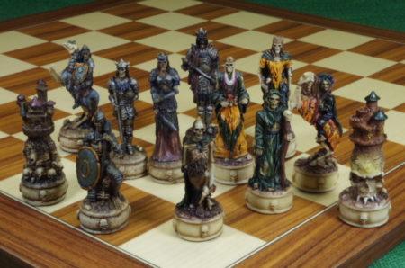 schachfiguren-skelette
