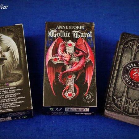 Gothic Tarot von Anne Stokes in Verpackung