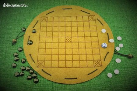 Tablut - Beutelspiel aus Leder.