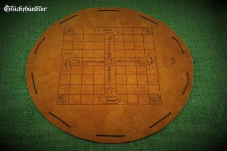 Tablut - Brettspiel aus Leder mit Verzierungen
