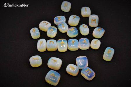 Runen Set - Moonstone
