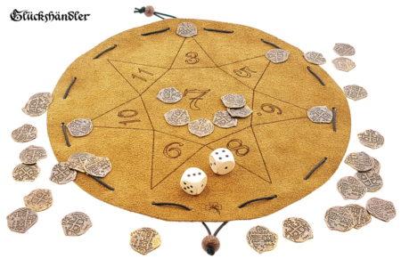 Glückshaus Stern aus Leder mit 36 Spielmünzen aus Metall