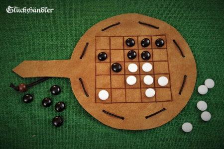 Choko Brettspiel aus Leder mit Glassteinen
