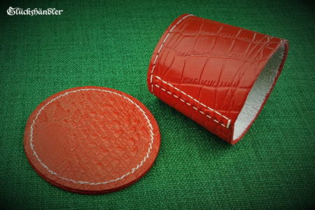 Cube cup with underlay - leather (dragon skin) red