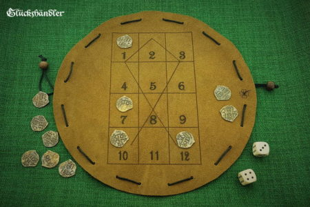 Fish head - game - leather - large with 12 coins and 2 cubes