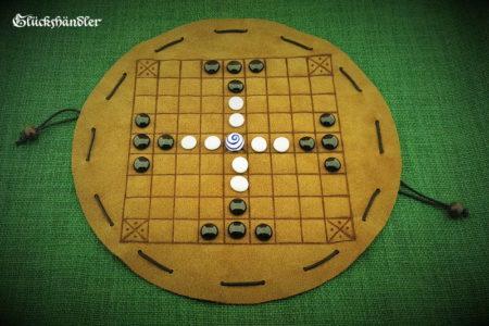 Tablut - Beutelspiel aus Leder mit Glassteinen