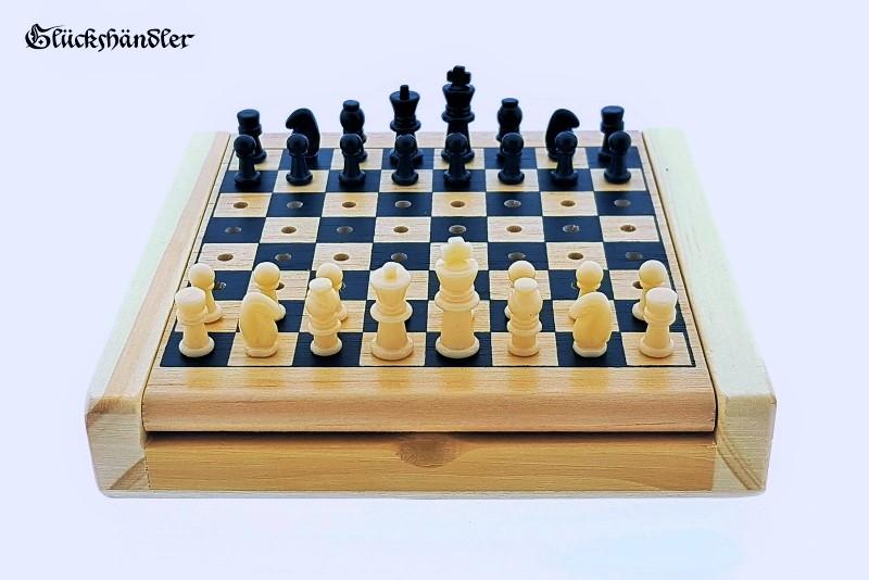 Schach-Reiseschach-Steckschach-IV