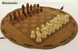 Schachbrett - aus Leder, Größe d 34cm, als Beutelspiel mit Figuren.
