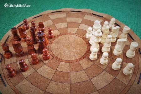 Byzantinisches Schach - groß mit Figuren aus Holz