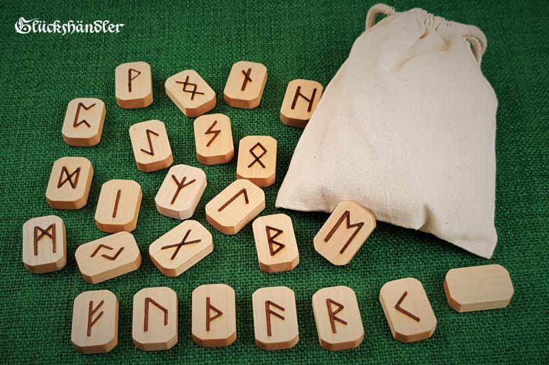 Runen Orakel Set -Holz-Ahorn-gewachst-mit Stoffsäckchen