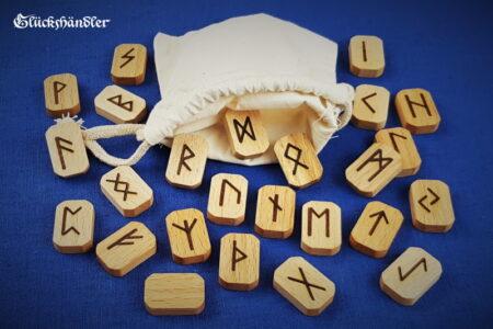 Runen Orakel Set - Holz - Buche - gewachst