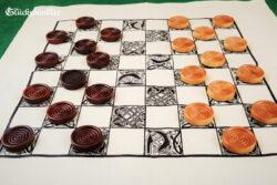 Dame Spiel- aus Stoff - waschbar mit Spielsteinen aus Holz dunkelbraun & natur
