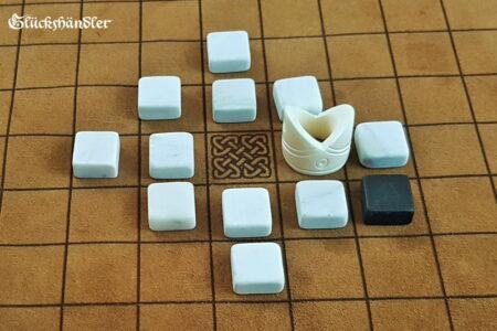 Hnefatafl-13 Felder Spielsteine Marmor-König aus Knochen